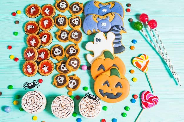 Lecker verschiedene kekse, lebkuchen und lutscher