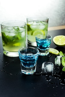 Leckere alkoholische cocktails