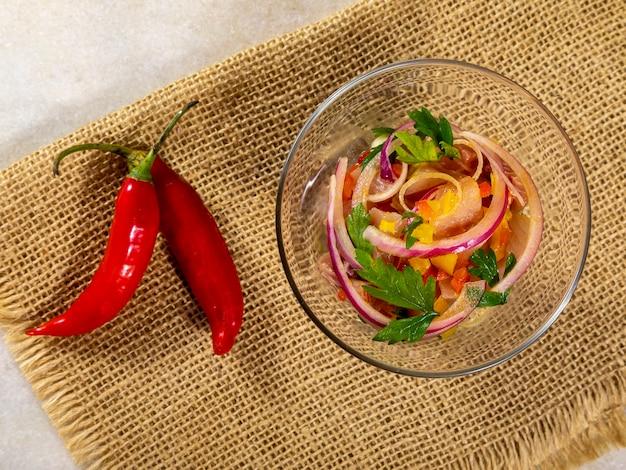 Leckere fisch-ceviche-meeresfrüchte-gastronomie.