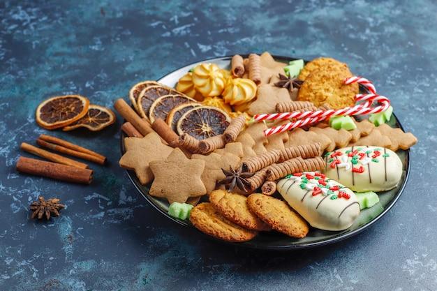 Leckere hausgemachte weihnachtsplätzchen.
