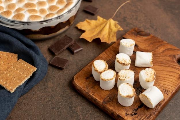 Leckere s'mores dessertkomposition