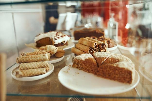 Leckere süßigkeiten. bäckerei und restaurant desserts.