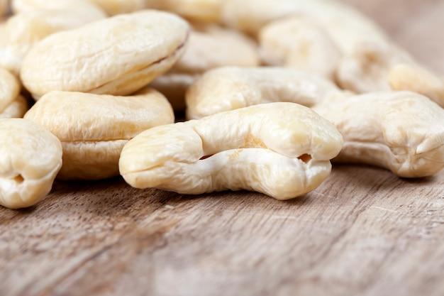 Leckere und gesunde rohe cashewnüsse, nahaufnahme