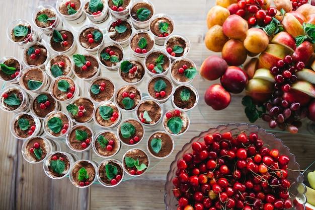 Leckere und schöne süßigkeiten