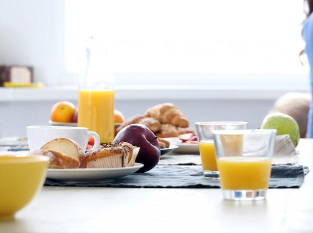 Leckeres essen auf dem tisch