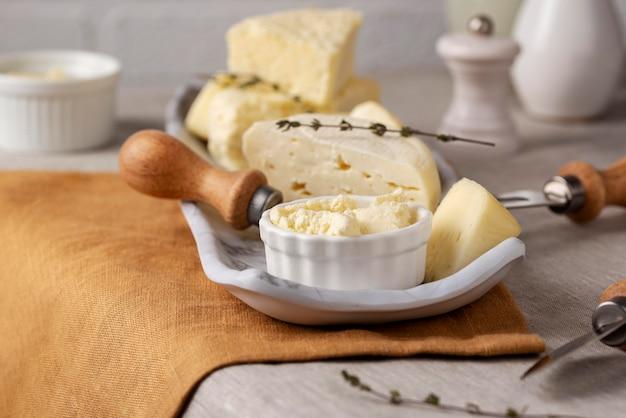 Leckeres paneer-käse-arrangement