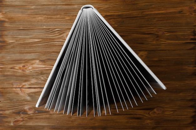 Leder-fotobuch mit festem einband