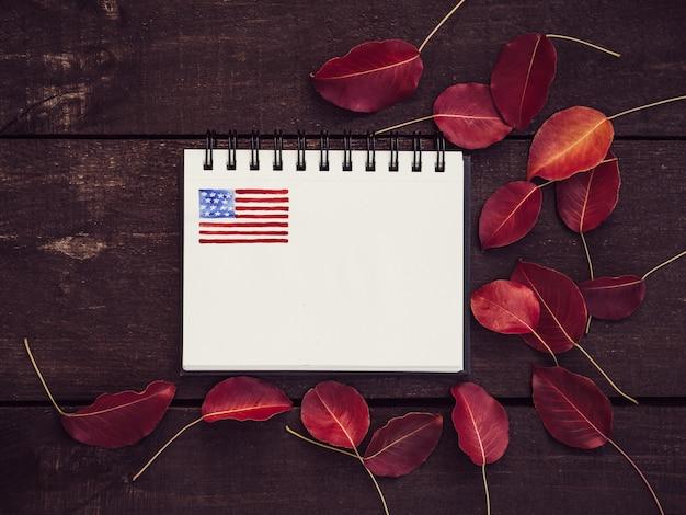 Leere einladungskarte für ihre inschriften, us-flagge
