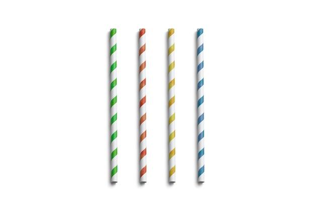 Leere farbige papierstrohhalme isoliert, draufsicht