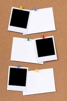 Leere fotodrucke mit bürokartenkarten