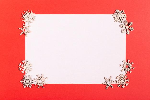Leere karte mit schönen dekorationen