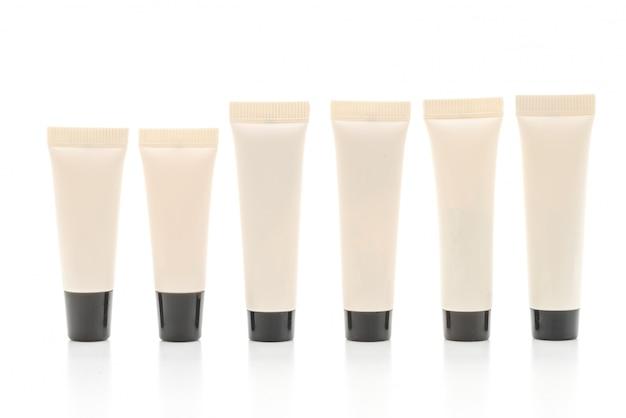 Leere kosmetische tubenpackung mit creme oder gel