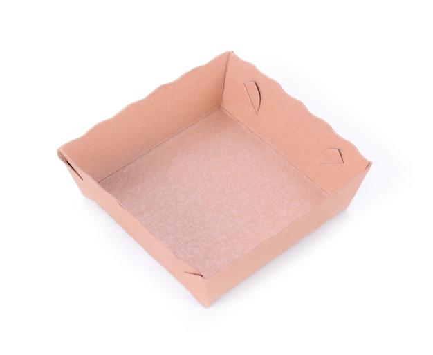 Leere lebensmittelbox auf weißem hintergrund