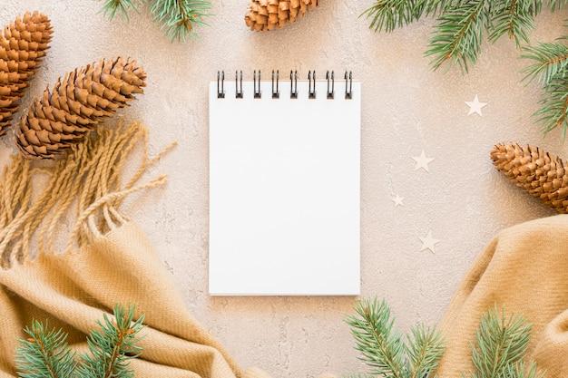 Leere papiere für flaches briefpapier legen platz