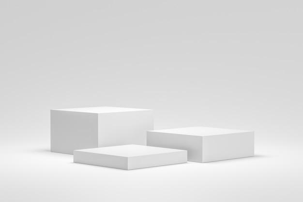 Leere podium- oder sockelanzeige auf weißem hintergrund mit kastenständerkonzept.