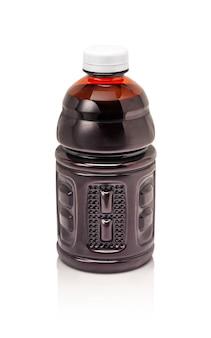 Leere verpackungsgetränkeflasche lokalisiert