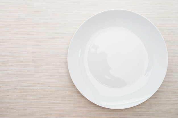 Leere weiße platte