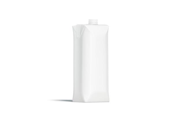 Leere weiße prisma-saftpackung mit deckelmodell
