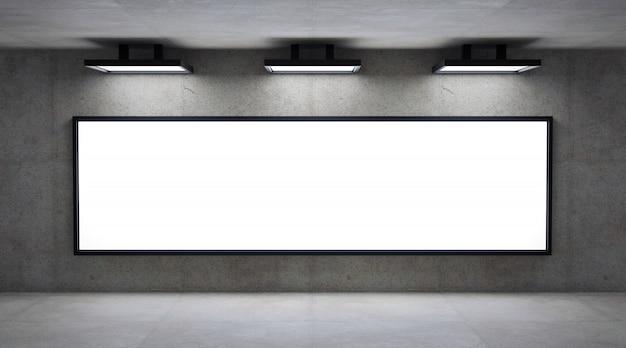 Leere werbungsanschlagtafel führte platte auf betonmauer