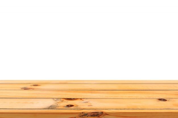 Leeren sie die hölzerne tischplatte des hölzernen brettes, die auf weißem hintergrund lokalisiert wird. die braune hölzerne tabelle der perspektive, die auf hintergrund lokalisiert wird - kann spott oben für anzeige benutzt werden oder ihre produkte oder designsichtplan zusammenbauen.