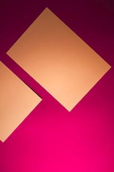 Leeren sie ein papier braun auf rosa hintergrund als büromaterial flatlay luxus branding flat lay und bh ...