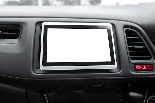 Leerer eingebauter navigationsbildschirm im intelligenten auto