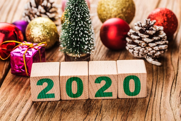 Leerer kopienraum für aufschrift idee des guten rutsch ins neue jahr-feiertags 2020