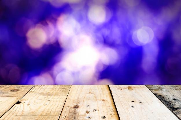 Leerer oberer wooempty oberster wooempty spitzenholztisch und abstrakte nacht