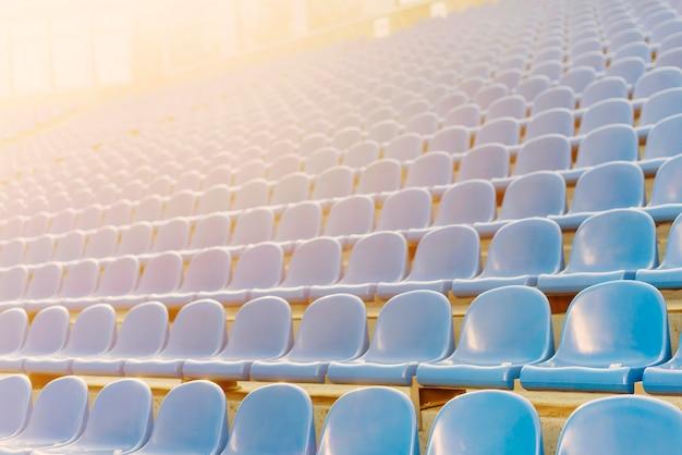 Leerer stadionssitz