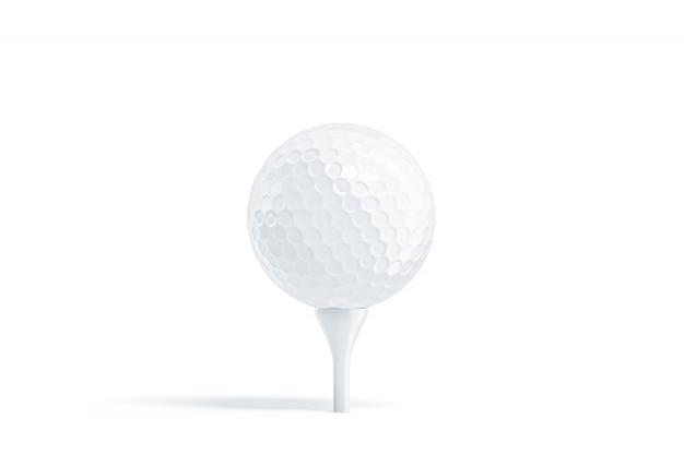 Leerer weißer golfball auf abschlag, stehen isoliert