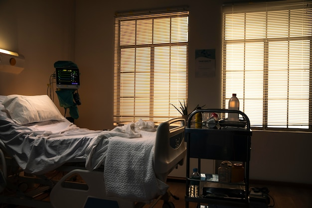 Leeres bett in einem krankenhaus