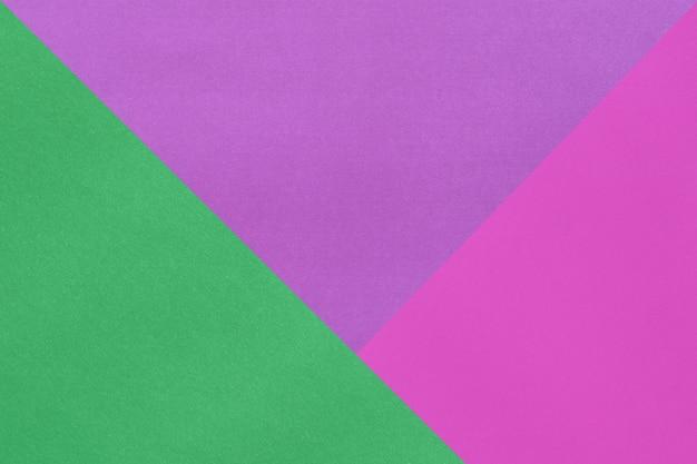 Leeres farbiges kunstdruckpapier mit schichten