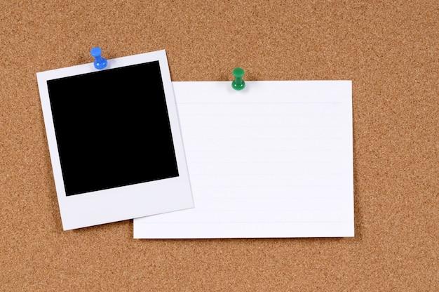 Leeres fotodruck mit karteikarte