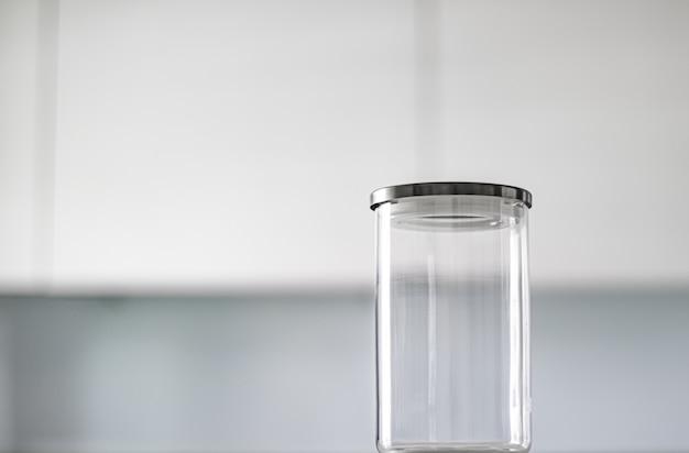 Leeres glas zur aufbewahrung von speisekammern