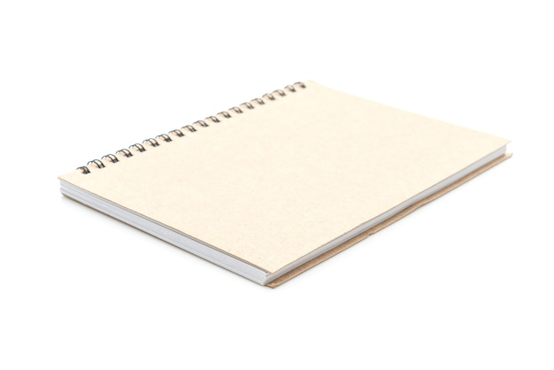 Leeres notizbuch auf weiß