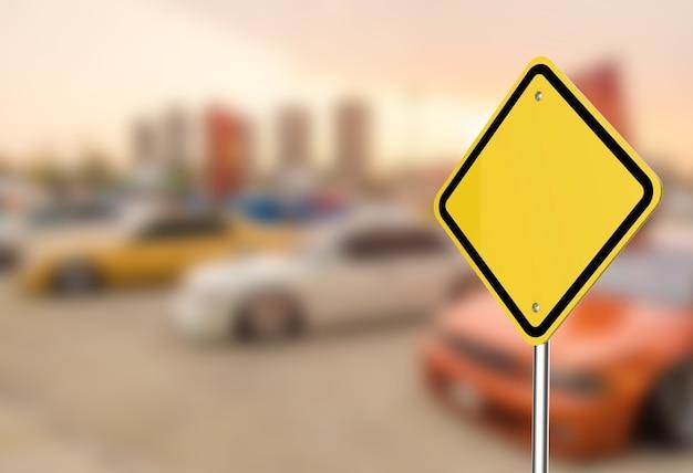 Leeres warnschild mit parkplatz im freien