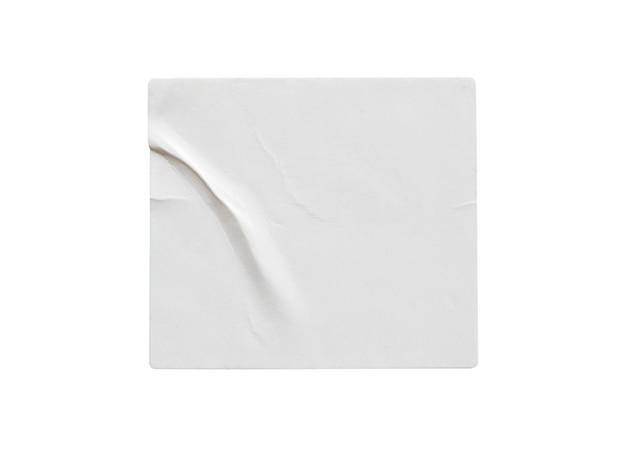 Leeres weißes aufkleberetikett isoliert auf weißem hintergrund