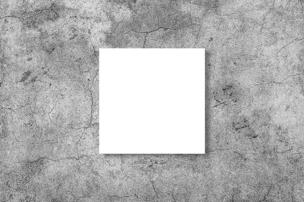 Leeres weißes horizontales rechteckplakatmodell auf grau