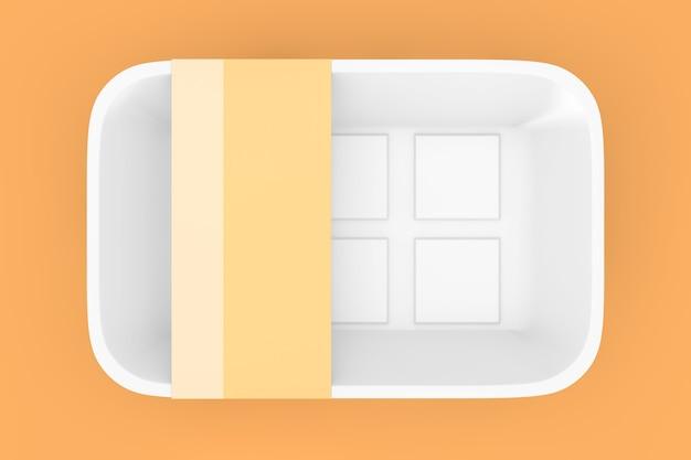 Leeres weißes plastikbehälter-tablett-paket mit leerem etikett für ihr design auf einem orangefarbenen hintergrund. 3d-rendering
