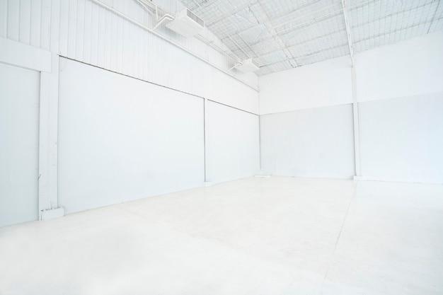 Leerzeichen im weißen studio