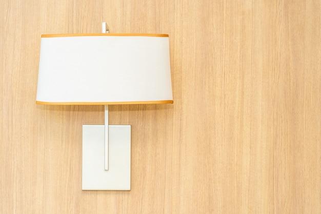 Leichte lampendekoration auf wandinnenraum