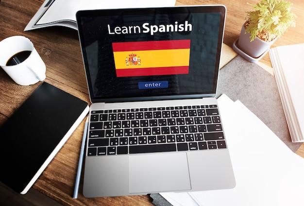 Lerne die spanische sprache online-bildungskonzept