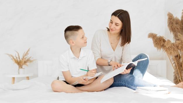 Lernen von hauslehrer und schüler