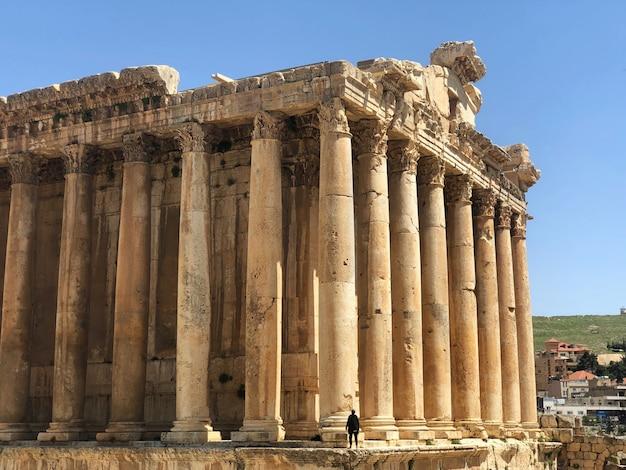 Libanon, mittlerer osten. antike stadt baalbek und großer tempel. weltkulturerbe