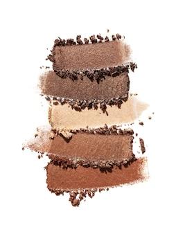 Lidschatten schimmernde matte mehrfarbige braune nude-palette textur hintergrund weiß isoliert