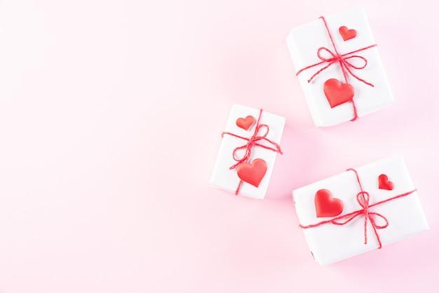 Liebes- und valentinstagskonzept.