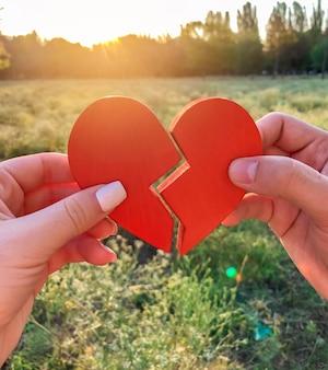 Liebespaar verbindet die hälften