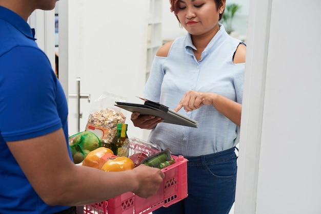 Lieferung von frischen lebensmitteln