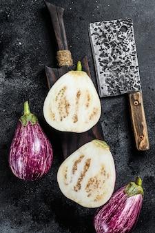 Lila geschnittene aubergine oder aubergine