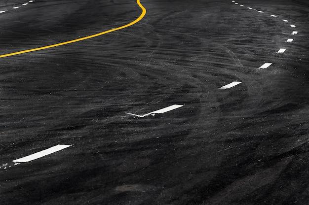 Linie in der asphaltstraße, kopieren sie raum des abstrakten hintergrunds der straßenlinienbeschaffenheit